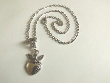 collier chaine argenté 46 cm avec pendentif ange sur coeur