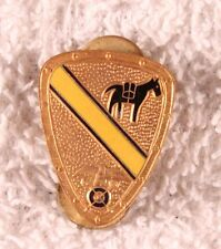 Army DI Pin:  1st Cavalry Division, 16th Quartermaster Sqdn - cb, Wellington