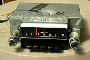 WORKING 1969 69 70 Ford Mustang Shelby Cougar AM Car Radio C9ZA w/Knobs NICE!!