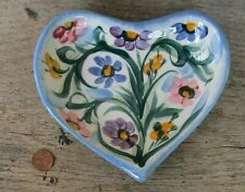 "Gail Pittman Heart-Shaped Trinket Dish 2000  5"" x 7"""