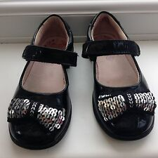 LELLI KELLY SHOES  UK 9 F Infants  EU 27 F Nearly New With Box &hair Slides