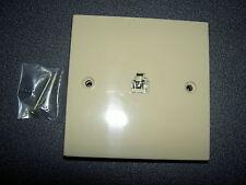 prise murale téléphone, à encastrer à vis, conx USA RJ11 ivoire 8,5 x 8,5 cm