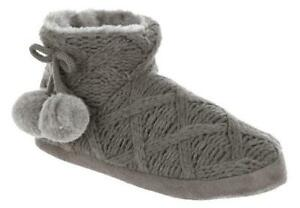 BEARPAW Soft Cable Knit - Faux Fur- Pom Pom Bootie Slippers - Gray - Size 5/6