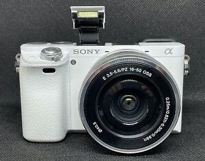 Sony Alpha 6000 APS-C Systemkamera mit 16-50mm Zoomobjektiv + Zubehörpaket