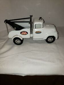 VINTAGE PRESS STEEL TOY TONKA TRUCK WHITE AA WRECKER TOW TRUCK EXCELLENT
