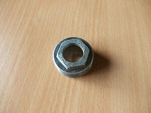 Left Hand Bottom Bracket Adjustable cup 24 TPI