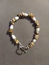 VINTAGE POLISHED ROCK AND SHELL BRACELET WITH HEART TOGGLE CLASP