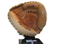 New listing Wilson The A2403/ A2000 Catchers Mitt Signed By Ivan Rodriquez