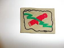 e2065 WW 2 US Army 82nd Airborne Bazooka Team Patch Paratrooper red/green A1A9