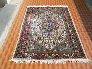 Geometric Design Home Decor 4'x6' Hand Knotted Silk Beige Color Oriental Rug