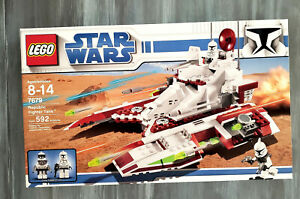 Lego Star Wars #7679 Republic Fighter Tank NEW & Sealed! 592 Pieces!
