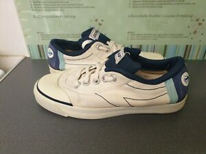 RETRO DUNLOP BLUE & WHITE CANVAS PUMPS Size 7