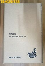 Ready! Hot Toys MMS546 The Dark Knight - Two Face Harvey Dent 1/6 Figure Sealed
