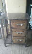 ancien meuble de metier atelier deco industrielle