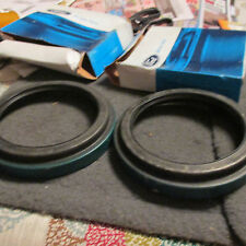 NOS 1975 - 1979 FORD 600 - 900 SERIES TRUCKS GREASE SEAL RETAINERS D5HZ1190C 2X