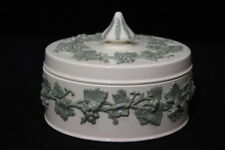 Vintage Wedgewood Green/Cream QUEEN'S WARE Grapes & Leaves Jewelry Trinket Box