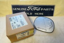 NEW OEM 1997 1998 Ford Expedition RH Mirror Glass w/Signal YL3Z-17K707-BA #830
