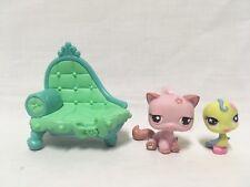 Littlest Pet Shop Bird Pink Persian Cat #602 #603 Spring Egg Cuddliest w/Chaise