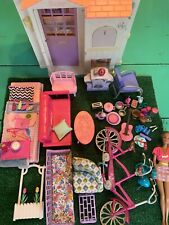 Vintage 1996 Barbie 3 Rooms Folding Pretty House Furniture Doll And Accessories