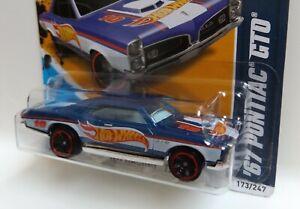 2012 Hot Wheels Racing '67 Pontiac GTO **RARE ERROR** *WRONG WINDOW PIECE*