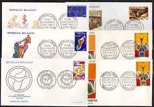 MADAGASCAR / 1968-1974 - 24 ENVELOPPES FDC DIFFERENTES / 4 IMAGES (ref 2687)
