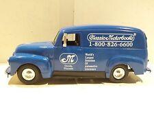 ERTL 1951 GMC Classic Motor Books 1:25 Scale General Motors Panel Van Bank