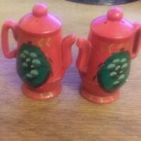 Salt & Pepper Shakers Our Own Import Japan Vintage Red Gold Green Teapot