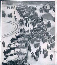 1960 Press Photo Funeral Cars w Train Crash Victims Royal Villa Monza Italy