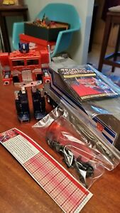 Optimus Prime Original. All parts included. Great condition.