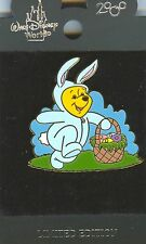 WDW Easter Bunny Winnie the Pooh 2000 with Easter Basket Pin