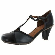 GENTLE SOULS OSAKA PARK PUMPS 11 Two Tone Leather T-Strap Heels Comfort Shoes