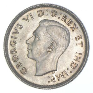 Better Date - 1940 Canada 25 Cents - SILVER *338
