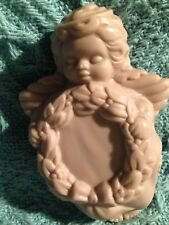"NOS AVON ""SOFT MUSK"" ANGEL 2OZ. SOAP"