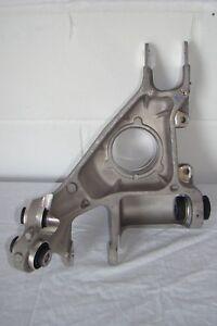 LR043593 Range Rover L405 Vogue & L494 Sport RHR suspension knuckle. See below