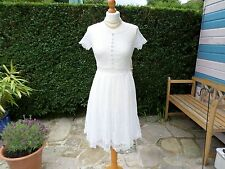 White lace dress size 10 - 12 Floral lace  fully lined
