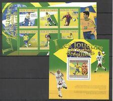 UC158 2010 COMOROS SPORT FOOTBALL SOCCER BL+KB MNH