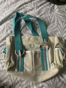Fred Perry handbag