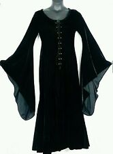 PYRAMID COLLECTION BLACK VELVET MEDIEVAL RENAISSANCE BLACK DRESS SZ MEDIUM NWOT