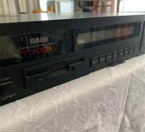 Yamaha TX16W Digital Wave Filtering Sampler Rackmount Sound Module