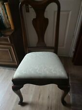 A beautiful set of 6 antique/vintage Queen Ann dining chairs