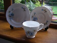 SPRINGFIELD ENGLISH FINE BONE CHINA TRIO CUP SAUCER PLATE BLUE CORNFLOWERS, MINT