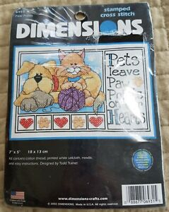 "Dimensions Stamped Cross Stitch Kit #6931 ""Paw Prints"" 7 x 5"" Pets, NOS 2002 NIP"