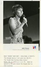 HELEN REDDY SINGING PORTRAIT THE TONIGHT SHOW ORIGINAL 1977 NBC TV PHOTO