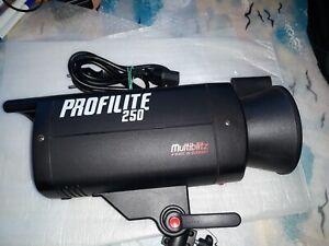 Kit multiblitz flash profilite 250
