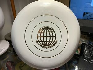 Wham-o Frisbee 141 Gram 51 mold World class missing stamp and signatures