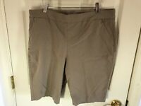 Woman's Chico's plus size 3 tan banded elastic waist zip pockets shorts