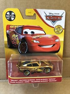 DISNEY CARS DIECAST - Special Edition -Golden Lightning McQueen - New 2021 Card