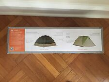 New! Kelty Acadia 4 Person Family Car Camping Tent HUGE VESTIBULES. 3 Season.