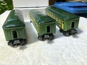 Lionel 0 Gauge Prewar Tinplate Green Passenger Cars 2440 (2) and 2441 (1)