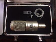 Heil Sound PR 40 Pro Series Wide Frequency Dynamic Microphone + Aluminum Case